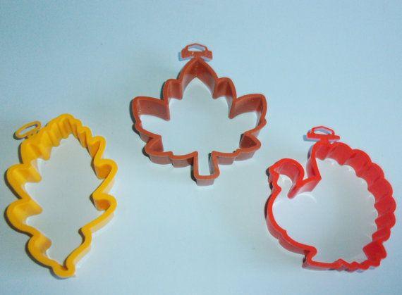 Pr Vintage Hallmark Autumn Leaf Shaper Cookie Cutters And Thanksgiving Turkey Cookie Cutter by AnEclecticEccentrica