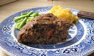 Felicity Cloake's perfect vegetarian haggis -- made this for Burns Night 2017 and it was surprisingly tasty.