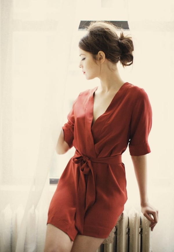 romperFashion, Silk Robe, Red, Dark Hair, Style, Beautiful, Messy Buns, Hair Looks, Wraps Dresses