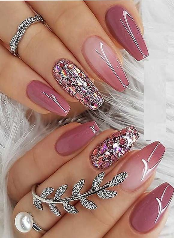 Nice Berry Pink Nail Polish Design for Coffin Nail…