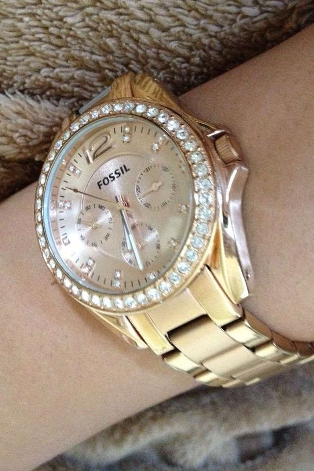 Fossil watch. I have this watch and absolutely love Fossil watches
