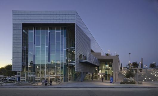 Education Award: Los Angeles City College Student Union. Photo Credit: Benny Chan - Fotoworks