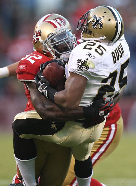 Patrick Willis Patrick Willis #52 of the San Francisco 49er tackles ...