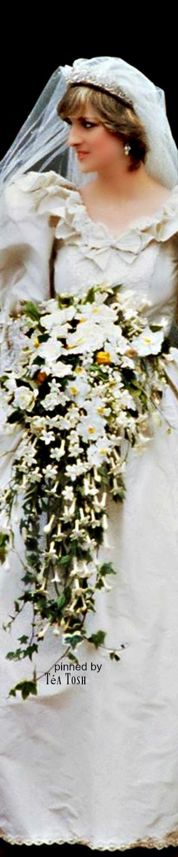 ❈Téa Tosh❈July 29, 1981: Lady Diana Spencer marries Prince Charles at St. Paul's Cathedral.