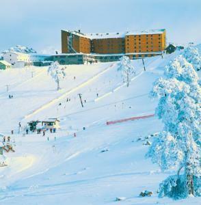 #Bolu #BoluHotels #AbantHotels - #Kartalkaya - Dorukkaya Ski & Mountain Resort - http://www.boluhotels.com/dorukkaya-ski-mountain-resort - Lodge Info: Tackle: Kartalkaya Place Bolu, 14100 Kartalkaya, Kartalkaya Located within the fashionable ski resort Kartalkaya, Dorukkaya Ski & Mountain Resort gives ski and snowboard amenities with eleven ski runs, 7 ski lifts, a ski faculty, ski gear to rent on website. It...