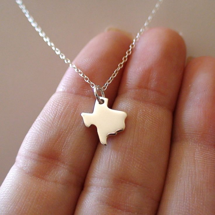 FashionJunkie4Life - Sterling Silver Texas State Necklace, $16.00 (http://www.fashionjunkie4life.com/sterling-silver-texas-state-necklace/)