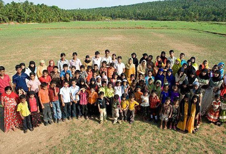 WOW! Ada 220 Pasang Orang Kembar di Desa Ini