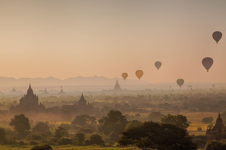 Each morning about twenty balloons bring tourists up in the air for a spectacular view of the Bagan temples. But the price is stiff: More than 300 dollars. Photo: John Einar Sandvand More photos: http://sandvand.net/photography-myanmar-marvelling-temples-bagan/
