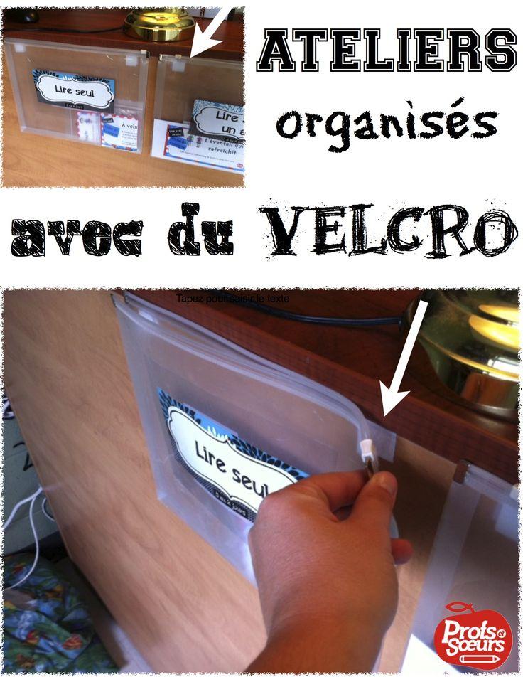 Des ateliers de 5 au Quotidien dans des pochettes, accrochées avec du velcro, sur le derrière d'une étagère.