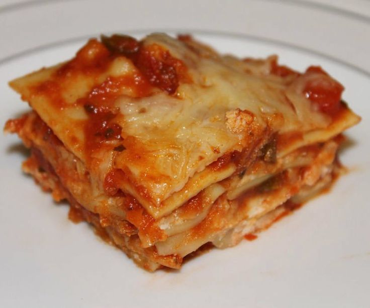 Easy Lasagna - No Boil - Regular NoodlesLasagna is so wonderful a dish why don't we have it more often? You say it's difficult and messy to make. Well there are recipes that are a ton of work and dirty a bunch of pots and pans but it doesn't have to be that way!This recipe uses regular lasagna noodles but does not boil them. You can prepare and bake this lasagna all in the same pan and not dirty another pot or pan!Boiling lasagna noodles is really overrated. There really isn't...