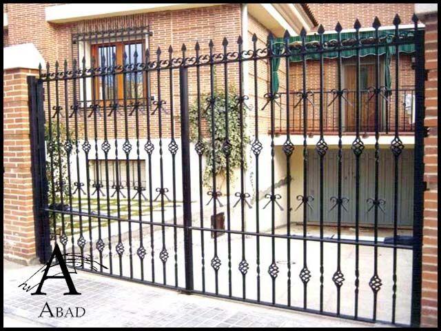 16 mejores im genes de puertas cancelas en pinterest for Puerta entrada vivienda