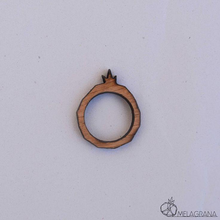 http://melagrana.gr/content/m-ring