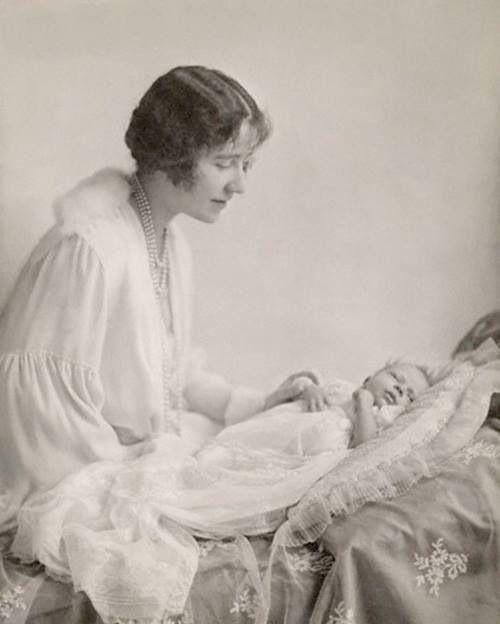 Queen Mum and Queen Elizabeth II