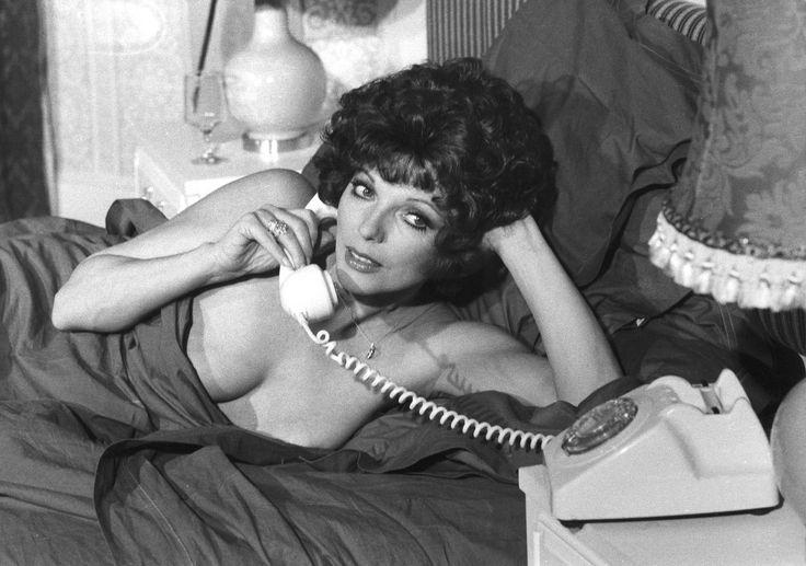 Sexy joan collins actress pin up postcard