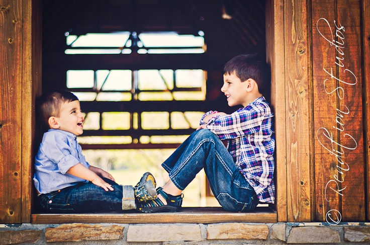brothers looking at each other, denver colorado, children's photography, outdoor photo shoot. #renditionstudios, #candidchildrensphotography, #Coloradotoddlerphotography, , #coloradochildrensphotography, #DenverPortraitPhotography