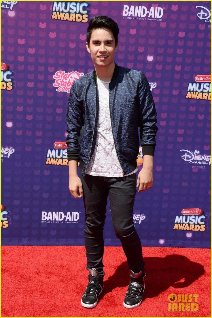Sam Tsui at the Radio Disney Music Awards 2016