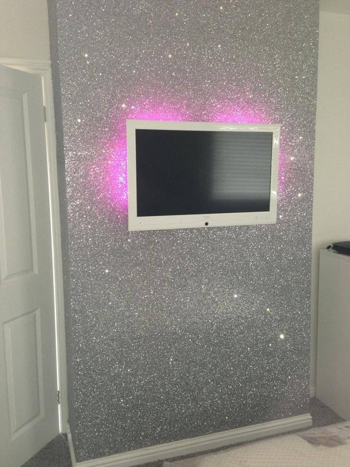 Captivating Silver Glitter Wallpaper Sent It To Us By Geordie Shores, Sophie