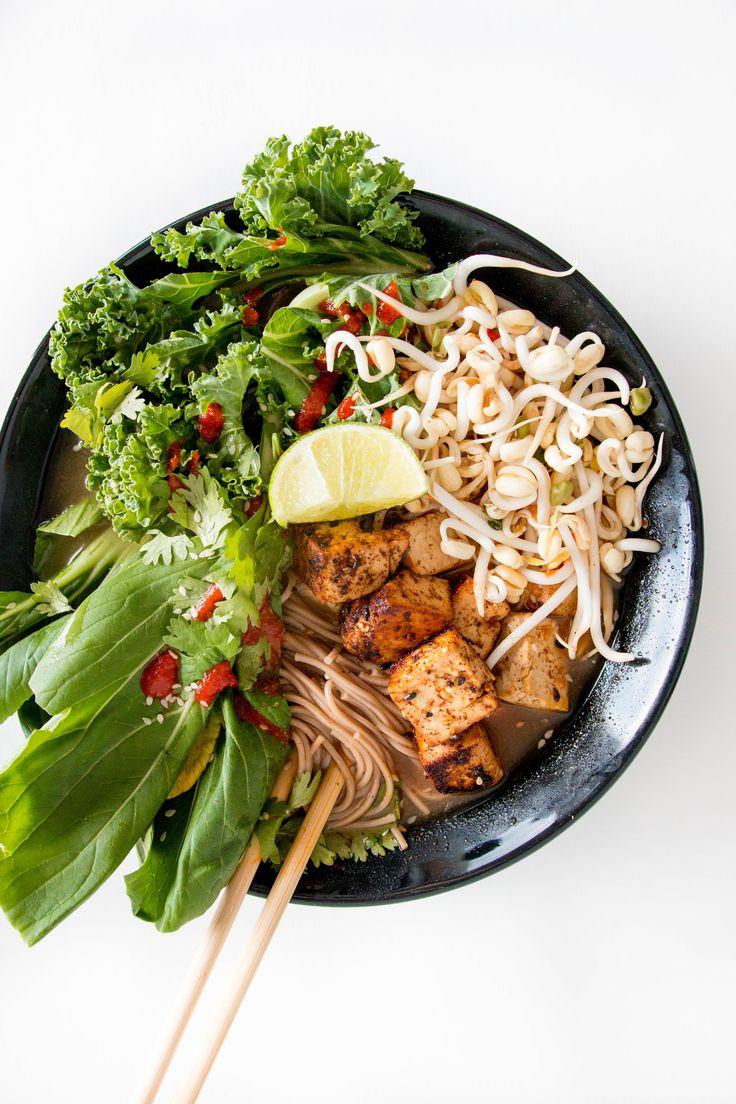 Easy Vegan Noodle Soup With Crispy Tofu / Feel Good Kitchen.fi