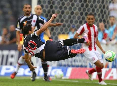 Blog Esportivo do Suíço:  Brasileirão - Série B 2014, 24ª Rodada: Vasco sofre, mas vence Náutico de virada em São Januário