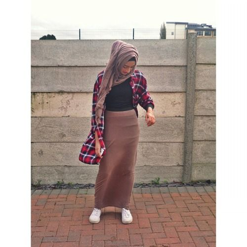 Big flannel and maxi skirt