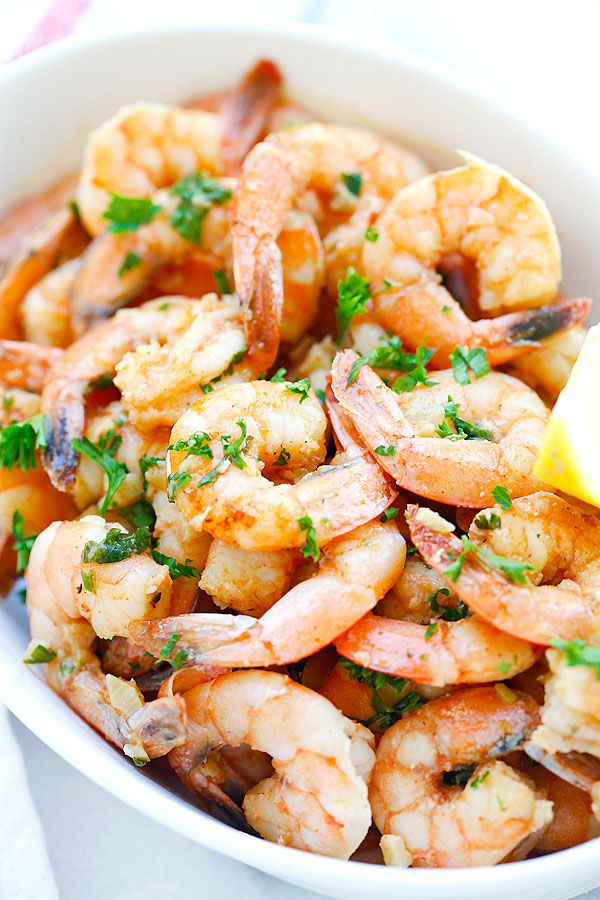 Lemon Garlic Shrimp: easiest and best shrimp recipe with lemon, garlic, butter, and shrimp, all ready in 20 mins - perfect as appetizer or with pasta | rasamalaysia.com