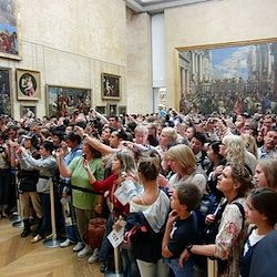 Tips for the Louvre. Must read if you're going. This crowd is people to see the Mona Lisa!