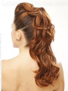 Long Curly Cute Prom Hairstyles