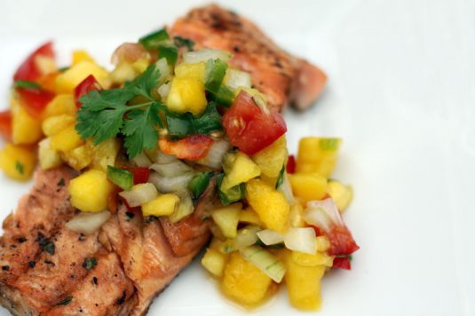 Grilled Pineapple-Mango Salmon - this salsa topping is amazing!