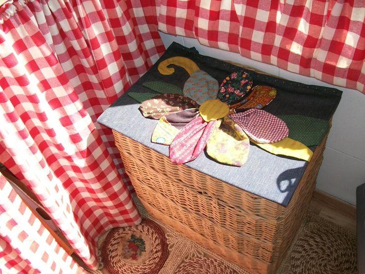cestona copri secchi dell'immondizia