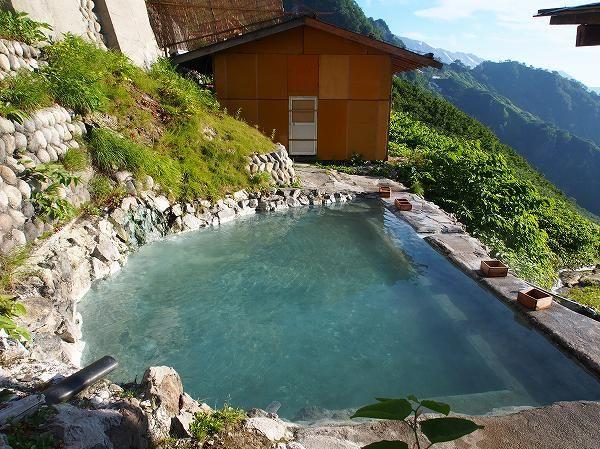 白馬岳(北アルプス)猿倉から白馬鑓温泉の登山ルート案内。北アルプス登山ルートガイド。Japan Alps mountain climbing route guide