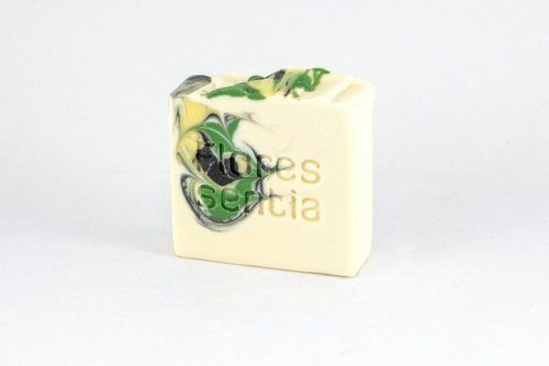 This soap hides a perfume that will turn all heads! The synergy of the essential oils of Lemon Verbena, Rosemary and Mint creates an exotic composition dominated by a lemony, fresh and intense scent.  #herbalskincare #aromatherapy #soap#naturalskincare #love #essentialoils#naturalcosmetics #cosmétique #organic#organicskincare #équitables