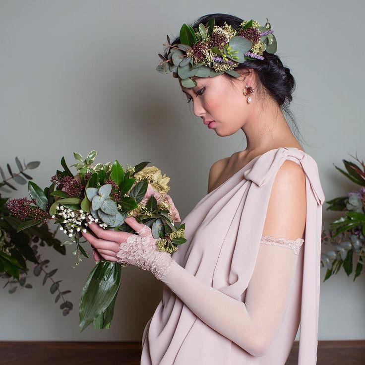 Abiti su misura per ogni evento  #wedding #matrimonio #sposa #abito #abiti #dresses #flowers #bouquet #dress #eventdress #ceremony #party #ceremonydress