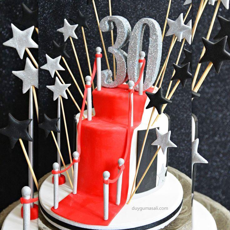 30. Yaşınızın Kırmızı Halı'da gelişi :) 3️⃣0️⃣🍷#30 #30thbirthday #30yaş #30yaspastasi #30thbirthdaycake  #pasta #edirne #edirnepasta #edirnebutikpasta #butikpasta #sekerhamuru #kırmızıhalı #redcarpet #30th #cake #birthdaycake #swag #foodpic #picoftheday #amazing #like #yum #yummy #delish #delicious #swag