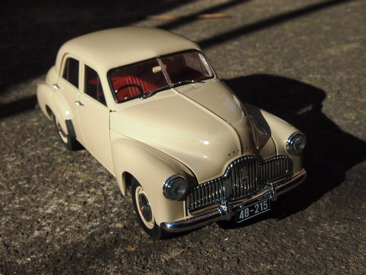 Holden 48-215 - 1/18 Scale - Biante