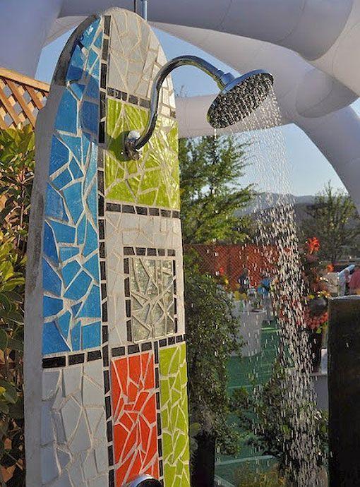 duchas de exterior con forma de tabla de surf