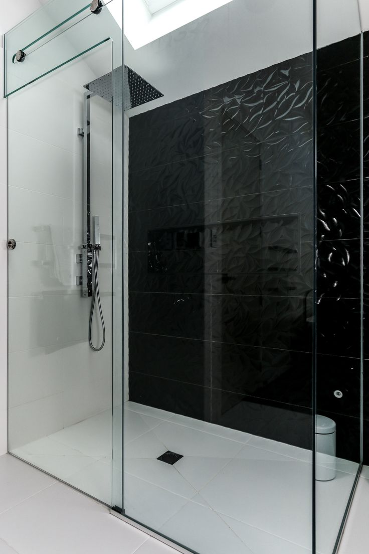 The clients came to me wanting to create a luxury high-concept bespoke bathroom. They wanted to create a feature piece of the home that complimented their style. It had to be extremely well finished with the quality of work and bathroom fittings where to be outstanding.