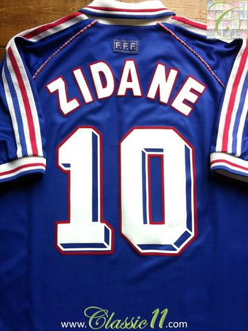 31551d49d9 ... Jersey Relive Zinedine Zidanes 1998 World Cup with this vintage Adidas  France home football shirt.