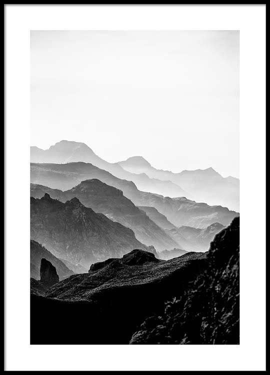 Black rocky mountains Poster i gruppen Posters / Storlekar / 50x70cm hos Desenio AB (3302)