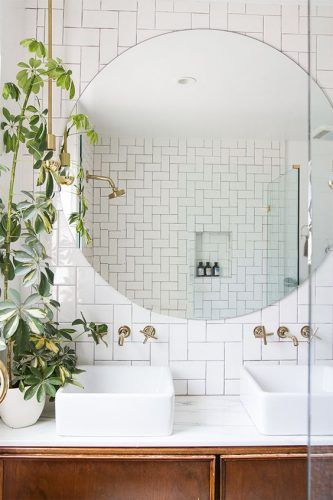 Plants in a bathroom? Oh yes!