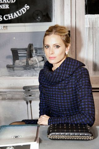 Laura Bailey - Chanel 2016 Métiers d'Art Collection - Chanel Pre-Fall 2016 Front Row