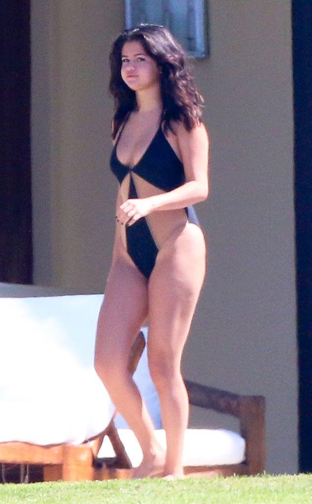 Selena Gomez Sexy Images
