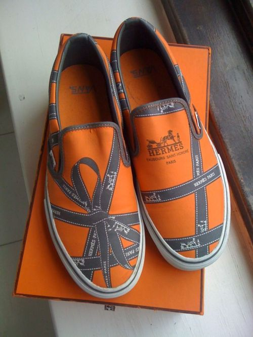 (via Sweaty Betty PR Official Blog – Founded by ROXY JACENKO » Blog Archive » Hermes   Vans designed by Robert Verdi)