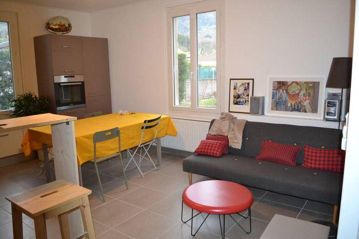 Regardez ce logement incroyable sur Airbnb : Gab's HouseVallée - maisons à louer à Thyez