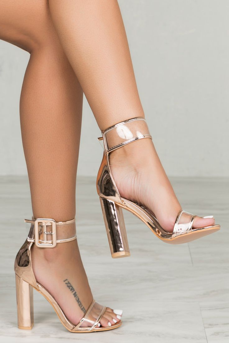 Buckle up in this gorgeous block heel. The Neela features clear transparent straps. Pair with all your favorite outfits and add instant glam to your look. - Fits true to size for most - 4 inch heel Yo