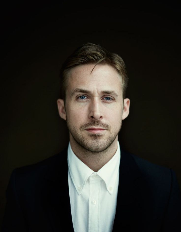 This man makes me feel like a school girl all over again (what are you doing to me Ryan Gosling ??!!!!)
