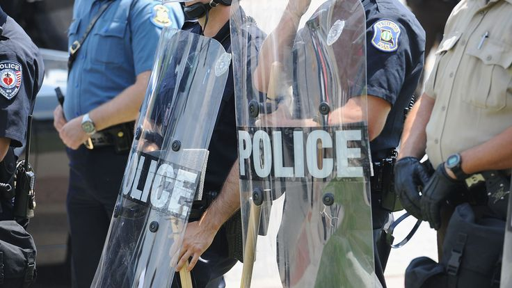 Police tactics subject of broad review | USA Today