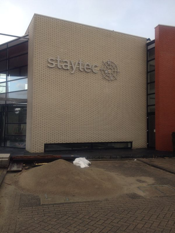 Inoxled rvs led letters indirect verlicht Staytec