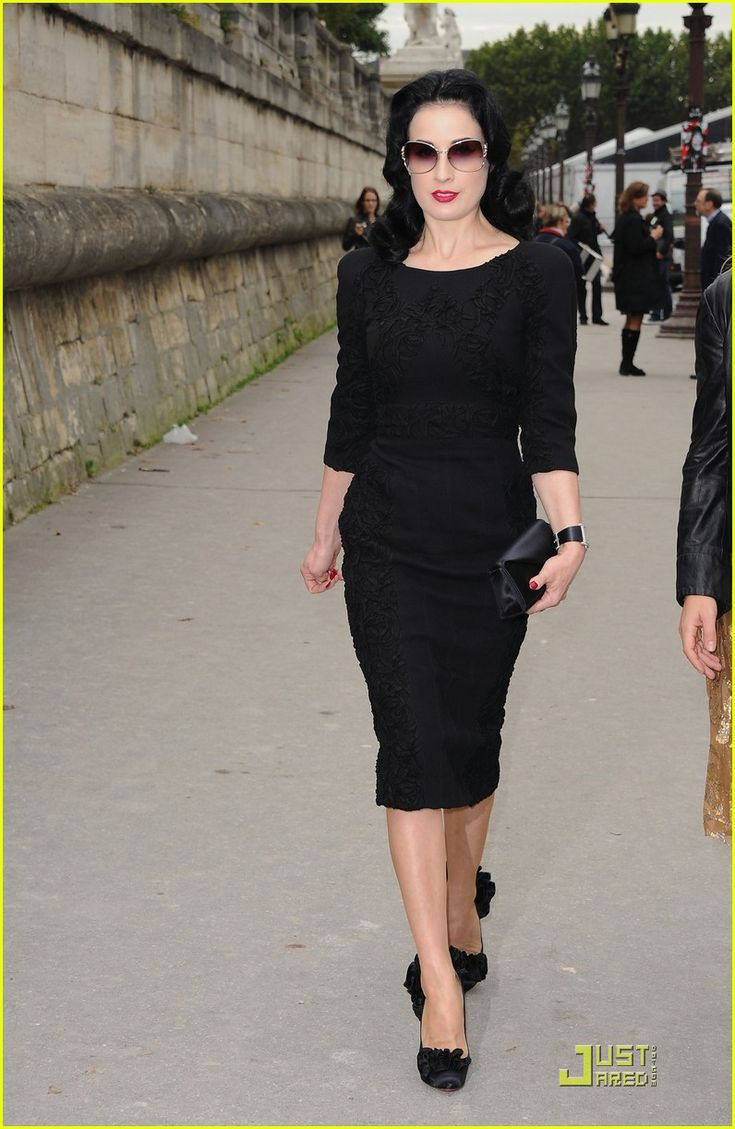 Dita Von Teese: Ready To Wear Elie Saab