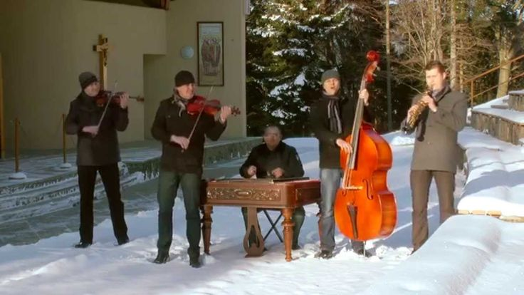 KOLLÁROVCI- Gloria in excelsis Deo- Vianočné koledy 12/2014