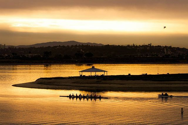 Early morning row row row your boat... #sandiego #missionbay #pacificbeach #lajolla #missionbeach #oceanbeach #sunrise #allthingssd #sandiego_ca #mysdphoto #viewsandiego #sdpulse #westcoast_exposures #10news #lajollalocals #sandiegoconnection #sdlocals - posted by Tony Blas  https://www.instagram.com/tonynsandiego. See more post on La Jolla at http://LaJollaLocals.com